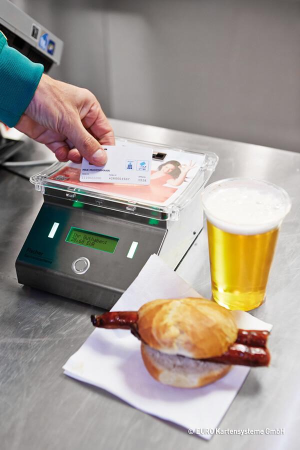 Geldkarte-Fußballstadion_klein