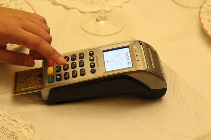amex-kreditkarte-terminal