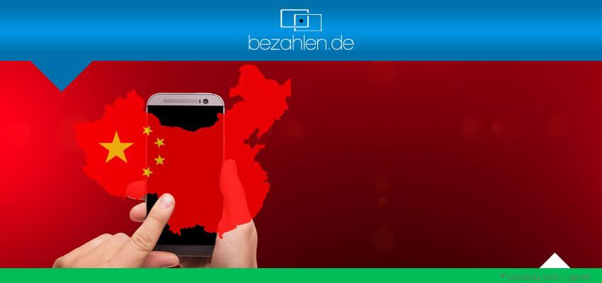 china-smartphone-hand-bzneu