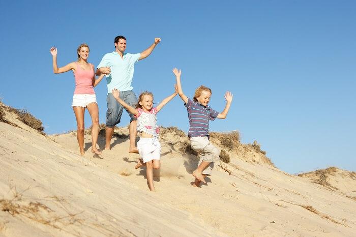 familie-strand-duene