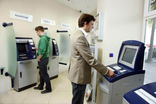 Geldautomaten-VR-Bank_klein