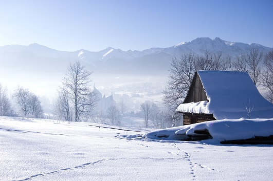 haus-im-schnee