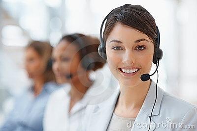 headset-hotline-mitarbeiterin