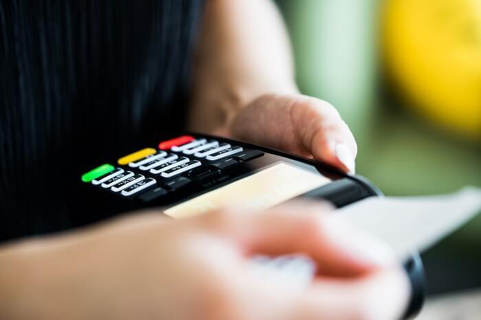 kartenzahlung-lesegeraet-kreditkarte