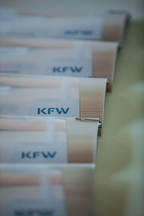 kfw-logo-flyer-klein