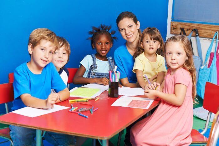 kinder-kindergarten-klein