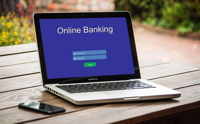 onlinebanking-laptop-smartphone-klein