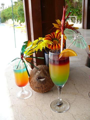 urlaub-reise-cocktail