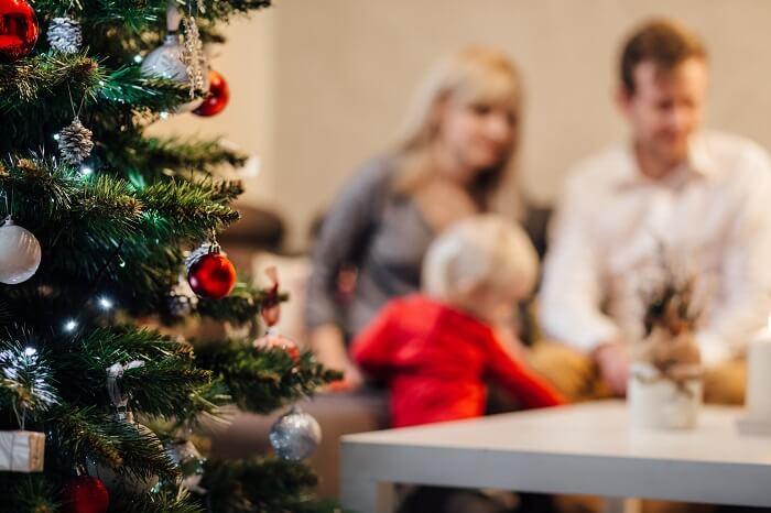 weihnachtsbaum-familie-klein